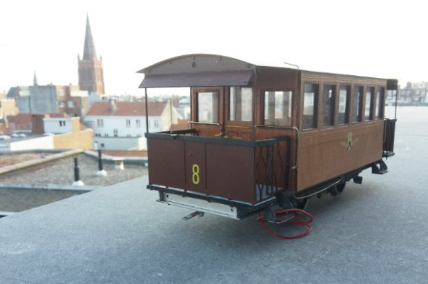 Ostende. North motorcar